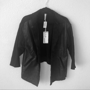 Miilla clothing Black faux suede jacket size small